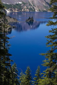 Phantom Ship Island and Crater Lake, framed by Mt. Mazama, Crater Lake National Park, Oregon by FerPecT_sHotz