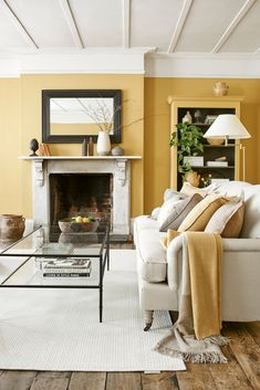 Energetic and joyful, here's how to implement a yellow colour scheme anywhere in your home. Room Colors, Colours, Paint Colors, Wall Colors, Yellow Interior, Guest Bedrooms, Yellow Bedrooms, Master Bedrooms, Interiors