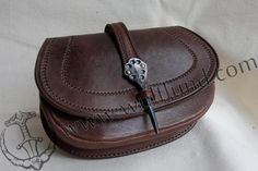 LEATHER BAG with forged needle - Wulflund