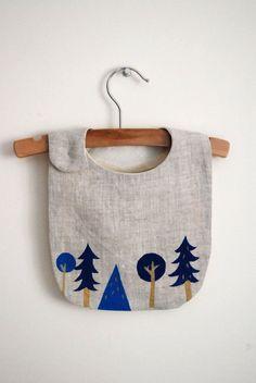 bavaglino foresta da non sporcare...Tante altre idee cool per le mamme sul sito mammabanana.com