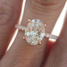 Instant obsession. 1.83ct #ovalcut diamond #engagementring