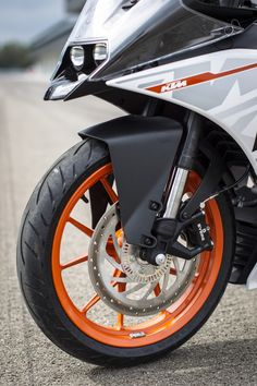 Ktm 950, Ktm Rc 200, Ktm Motorcycles, Valentino Rossi 46, Galaxy Pictures, Scooter Bike, Ktm Duke, Black Background Images, Biker Quotes