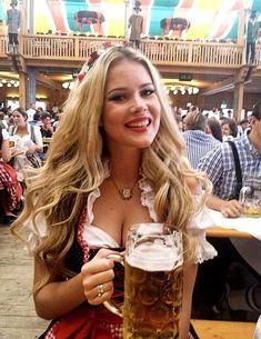 German Girls, German Women, Octoberfest Girls, Beer Girl, Beer Festival, Up Girl, Beauty Women, Pin Up, Munich