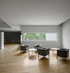 Galeria de Inaugurado o Museu de Arte Contemporânea Nadir Afonso assinado por Álvaro Siza Vieira - 85