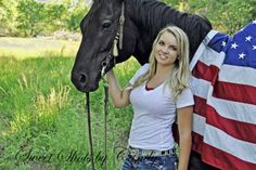Horse, flag and beautiful girl. senior portraits my work hor Farm Senior Pictures, Volleyball Senior Pictures, Pictures With Horses, Senior Picture Outfits, Senior Pictures Boys, Horse Photos, Senior Pics, Senior Year, Cute Country Girl
