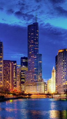 stritervill, chicago, illinois, usa, city, night, skyscraper, tower, skyscrapers, buildings, houses, river, lights, lig...
