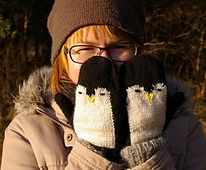 Penguin+mittens++pattern+by+Marianne+Lind