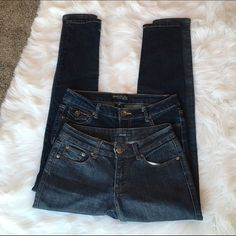 "Skinny jean Bundle Dark wash skinny jeans. Both sz 5. Approx 27"" waist and 30"" inseam. Purchased them at local boutiques so no brand name. Clean, Smoke Free Home.  All Sales Final.  Fast Ship! Thanks! Check out my other items!                                                ✨✨✨✨✨15% off when bundled with another listing ✨✨✨✨  **NO TRADES or HOLDS PLZ** **will not reply to ""lowest""** Jeans Skinny"