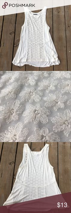 NWOT American Eagle tank! Cute floral design in and off white shirt that has never been worn (no tags accidentally ripped off) American Eagle Outfitters Tops Tank Tops