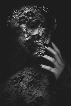 """darkbeautymag: """" Photographer: Millie Tang Makeup: Elise Layden Model: Amanda Vietheer - Manda Wilde """""""