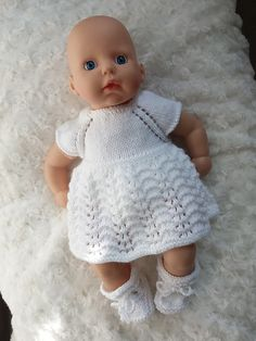 Ravelry: Baby Annabell Lace dress pattern by linda Mary Free Knitting Patterns Uk, Easy Baby Sewing Patterns, Baby Cardigan Knitting Pattern Free, Knitted Doll Patterns, Baby Clothes Patterns, Knitted Dolls, Pattern Sewing, Knitted Baby, Free Pattern