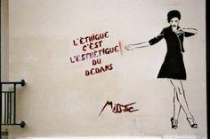 Paris street Art by Miss Tic Illustrations, Illustration Art, Outdoor Art, Street Art Graffiti, Land Art, Street Artists, Some Words, Banksy, Paint Designs