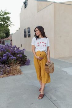 Dealing with Disappointment – Ashley TerKeurst Hodges ~ eyşan Casual Maternity Outfits, Stylish Maternity, Maternity Wear, Maternity Dresses, Cute Maternity Style, Pregnancy Looks, Pregnancy Wardrobe, Fashion Mode, Baby Bump Style