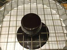 Minap a craftsy-n bóklászva mit találtam:-) Na mit találtam!:-) A kakaós tükörglazúr receptjét találtam:-) Nagyon könnyű elkészíteni, extra hozzávaló sem kell. Mousse, torta, sütemény……