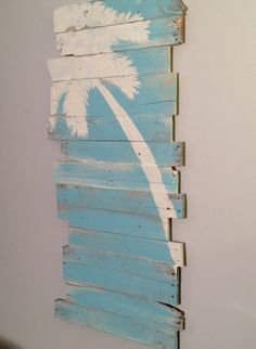 Beach and Palm Tree Reclaimed Wood Lt Lean 24 x by WoodburyCreek.