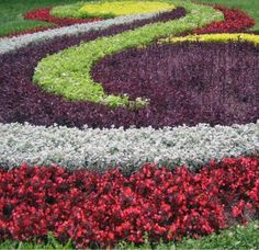 Ideas for Flowerbed Borders Flower bed designs Flower and Gardens