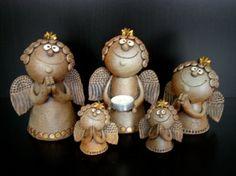 Michaela Lindovská | Galerie V-ATELIER Bird Doodle, Michaela, Glass Candle Holders, Decorating Your Home, Nativity, Clay, Sculpture, Ceramics, Statue