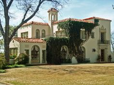 Mediterranean Style House, Mistletoe Heights | by StevenM_61