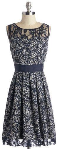 BB Dakota Soiree Stunner Dress in Abstract Garden
