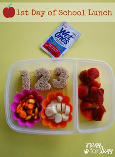 This first day of school lunch is one that kids will love! Be ready for back to school time with this kids lunch idea! AD #wishihadwetones