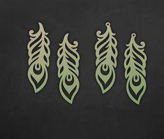 Faux leather feather earrings Set, laser cut templates, Cutting File / SVG, DXF Cricut maker / Silhouette Cameo bijouterie design