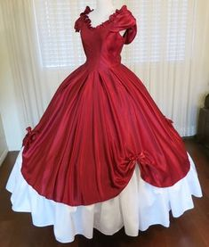 Find beautiful Civil War Ball Gowns and Southern Belle dresses for historical balls, southern belle weddings and Civil War weddings, pageants, Civil War reenactments, and historically themed events. Ball Gowns Evening, Ball Gowns Prom, Ball Gown Dresses, Vintage Prom, Vintage Ball Gowns, Victorian Era Dresses, Victorian Fashion, Victorian Ball Gowns, Victorian Gothic