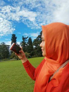 Senior Photography Hijab style Muslim wear Fashion Muslim fashion