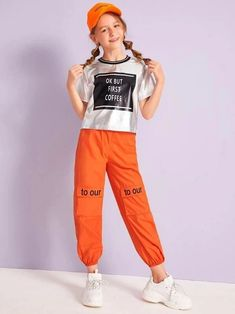 To find out about the Girls Neon Orange Slogan Flap Pocket Pants at SHEIN, part of our latest Girls Pants & Leggings ready to shop online today! Preteen Girls Fashion, Girls Fashion Clothes, Teenage Girl Outfits, Kids Outfits Girls, Teen Fashion, Cute Swag Outfits, Cute Summer Outfits, Basic Outfits, Sporty Outfits