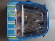 Make-Up & Brush Kit in Purse Case. Starting at $4 on Tophatter.com!