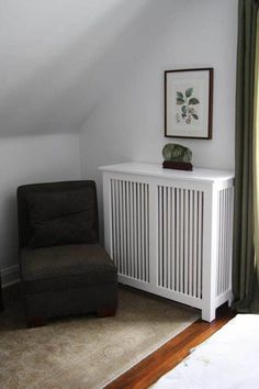 Heating Fixes to Warm Up Older Homes Fichman Furniture& wooden radiator covers add period appeal to a room. White Radiator Covers, Modern Radiator Cover, Built In Furniture, Cheap Furniture, Wall Heater Cover, Heater Covers, Home Radiators, House And Home Magazine, Old Houses