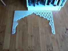 DIY middle-eastern inspired screen with a jigsaw and paint! Totally piece of cake?