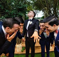 fun groomsmen wedding photo pose ideas photography Funny Groomsmen Photos Will Make You Smile wedding photos Wedding Picture Poses, Funny Wedding Photos, Cute Wedding Ideas, Wedding Poses, Wedding Photoshoot, Wedding Shoot, Wedding Pictures, Dream Wedding, Wedding Group Photos