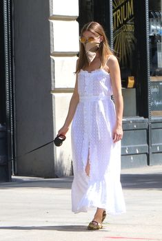 Olivia Palermo Street Style, Estilo Olivia Palermo, Olivia Palermo Lookbook, Spring Street Style, Spring Summer Fashion, Summer Chic, White Maxi Dresses, Cute Dresses, Mini Vestidos