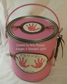 Another site with examples of decorated paint cans. Baby Shower Gift Basket, Baby Shower Fall, Fall Baby, Baby Shower Gifts, Baby Gifts, Newborn Crafts, Recycled Jars, Boy Birthday, Birthday Ideas