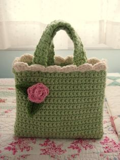 yarnaway: a crochet scrapbook: sweetpea tote