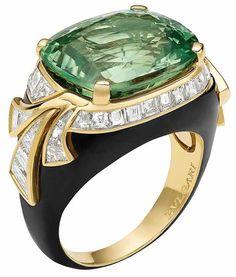 Bvlgari Emerald & Diamond Ring