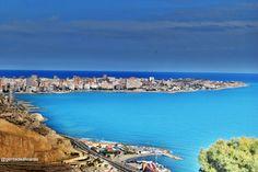 FOTO DESDE EL CASTILLO SANTA BARBARA BY @David Font y @Gente De Alicante siguenos repin si te gusta. Alicante, Spain, David, Places, Water, Outdoor, Castles, Places To Visit, Photos