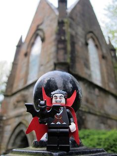 LEGO Collectible Minifigures Series 2 - Vampire