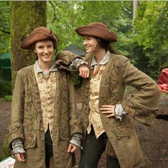Beautiful 18th. century costumes made by Terry Dresbach & her team for Outlander. Screen Shot 2015-05-15 at 2.22.16 PM