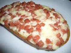 Hawaiian Pizza, Toast, Cheese, Recipes, Food, Kochen, Recipies, Hoods