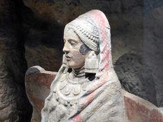 CIUDAD IBERO ROMANA DE BASTI (Baza, Granada) - Ciudad Ibero Romana de Basti y el Cerro Santuario, una necrópolis ibérica en la que se localizó la Dama de Baza