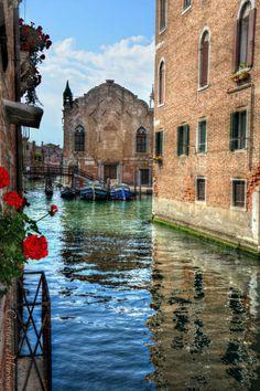 """"""" Scuola Vecchia della Misericordia """" - Cannaregio Italy Landscape, Italy Art, Italy Fashion, Venice Italy, Venice Canals, Northern Italy, Most Beautiful Cities, Toscana, Italy Travel"""