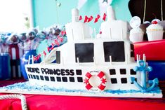 A Love Boat/Bon Voyage Party | CatchMyParty.com