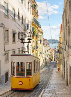 Funicularul Gloria, Lisabona