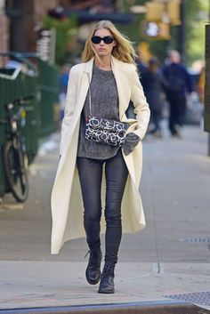 elsa-hosk-is-stylish-out-in-nyc-10-11-2016-7.jpg (1280×1917)