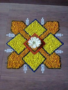 Flower Rangoli For Diwali Flower Rangoli Images, Simple Flower Rangoli, Simple Rangoli Designs Images, Rangoli Designs Latest, Rangoli Designs Flower, Rangoli Border Designs, Small Rangoli Design, Rangoli Patterns, Colorful Rangoli Designs
