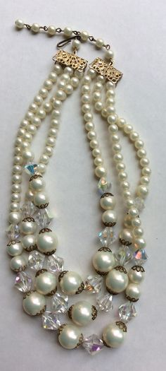 vintage 1960's pearls with crystals