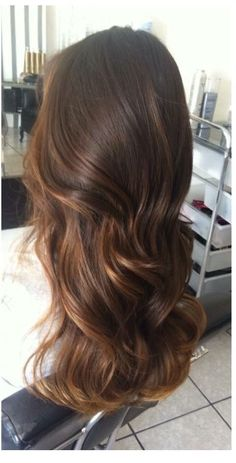 - Fashion and more : > - Cabelo Brown Hair Tones, Brown Hair Balayage, Brown Blonde Hair, Balayage Brunette, Brown Hair Colors, Brunette Hair, Hair Highlights, Dark Hair, Gorgeous Hair