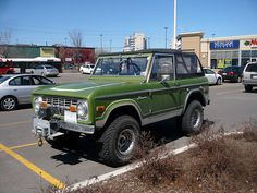 A classic first-generation Ford Bronco 4x4. by Steve Brandon, via Flickr