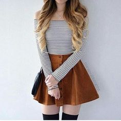 24 super cute outfits to wear to school for girls this fall Outfits 2019 Outfits casual Outfits for moms Outfits for school Outfits for teen girls Outfits for work Outfits with hats Outfits women Comfy School Outfits, Fall Outfits For School, Trendy Summer Outfits, Cute Teen Outfits, Teen Fashion Outfits, Mode Outfits, Cute Fashion, Cute Outfits With Skirts, School Girl Outfit